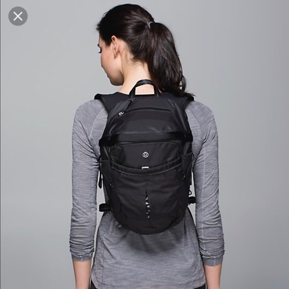 5e3f8733ba lululemon athletica Handbags - Lululemon Run All Day Backpack - Black